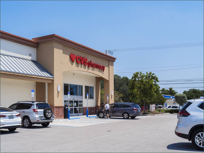 Medical Retail Space for Lease Deerfield Beach FL next to Bank - Century Plaza Shopping Center