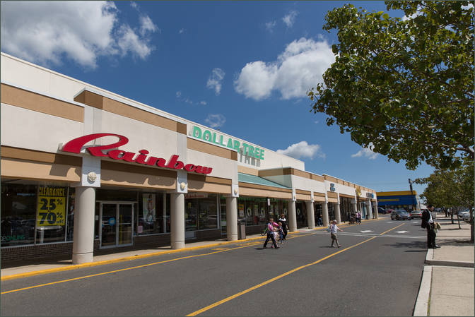 Retail Stores for Rent - Lakewood Plaza – Ocean County NJ