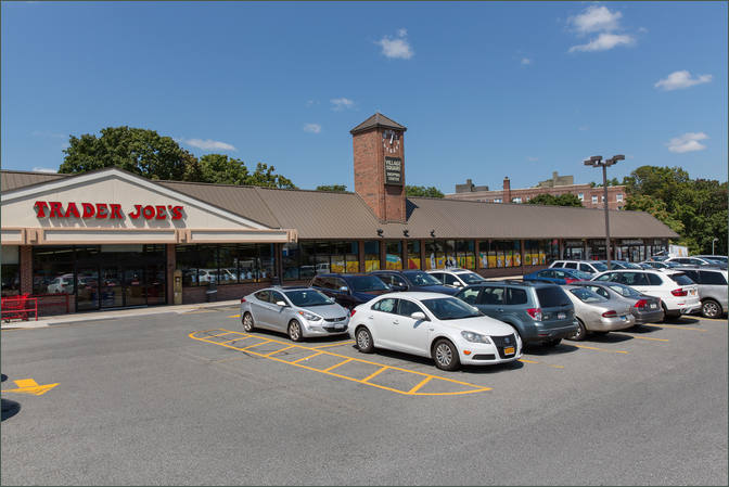 Laundromat Space for Lease – Retail Leasing Larchmont NY - Village Square Shopping Center – Westchester County