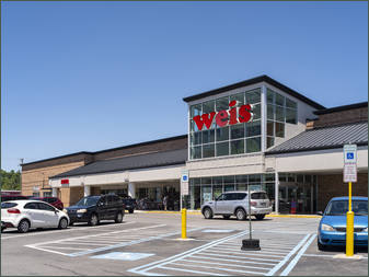 Find available retail space in Park Hills Plaza next to Weis – Altoona PA
