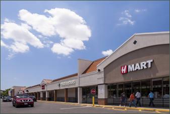 Dalewood I II & III Shopping Center