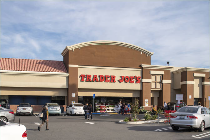 Retail Leasing Next to Grocer Trader Joe's - Bristol Plaza - Santa Ana California