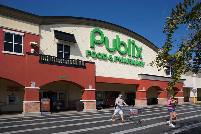 Shopping Center Space for Lease Brooksville FL with Publix