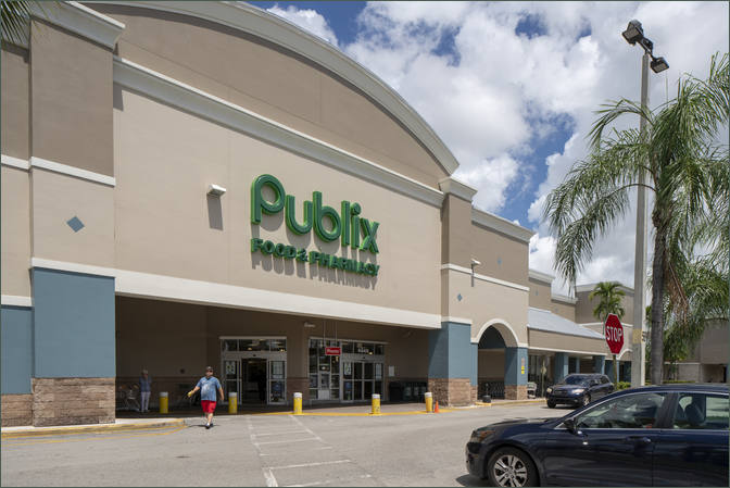 Retail Space for Lease Coconut Creek FL Next to Publix