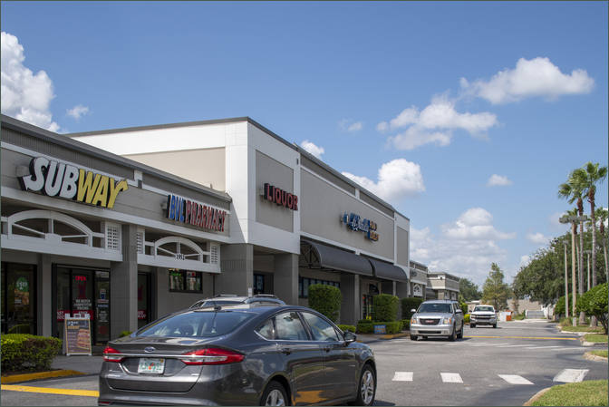 Retail Space for Lease next to Furniture Store Kissimmee FL - Ventura Downs