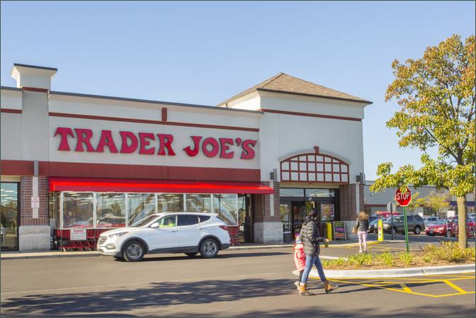Lease Retail Space Arlington Heights IL Next to Grocer Trader Joe's - Annex of Arlington – Cooks County