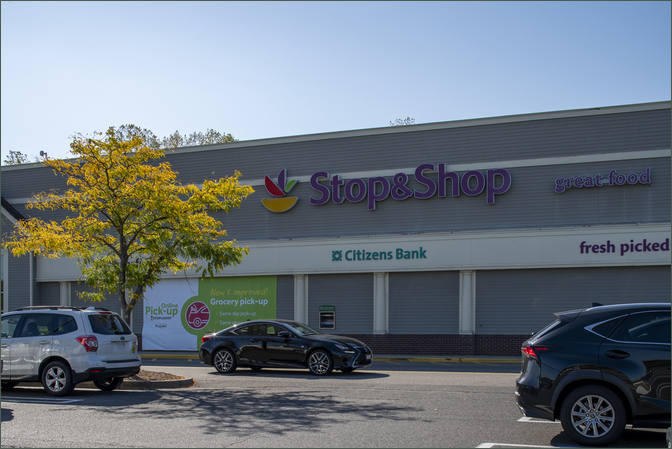 Commercial Leasing - Holyoke Shopping Center MA
