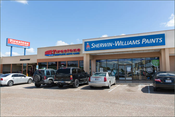 Commercial Space for Lease 77037 Next To Lumber Liquidators - Northgate – Houston Texas