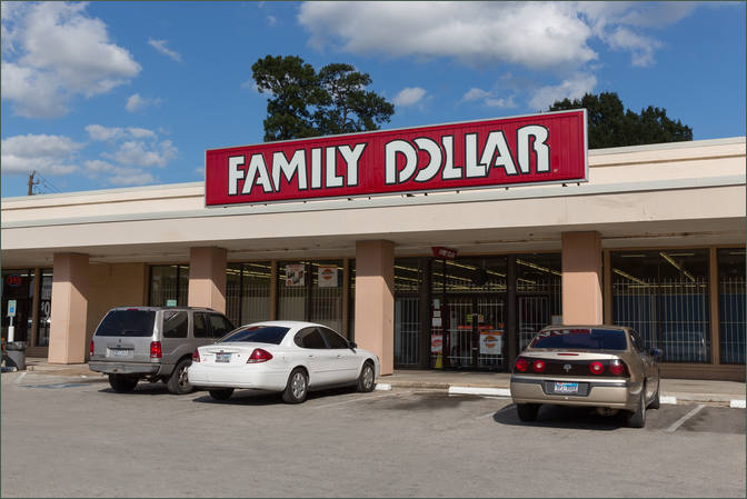 Retail Space for Lease Houston TX 77018 Next to Family Dollar – Pinemont Shopping Center