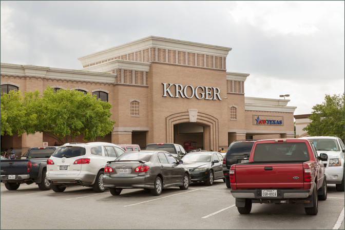 Retail Space for Lease Pasadena TX next to Kroger- Spencer Square