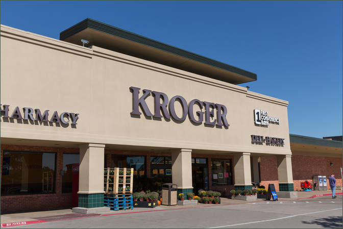 Lease Commercial Space Next to Kroger – Dallas TX - Wynnewood Village