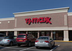 Lease Retail Space Next to TJ Maxx Kings Park NY - Kings Park Plaza – Suffolk County