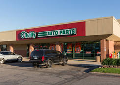 Commercial Property with Auto Shop -Stevens Park Village