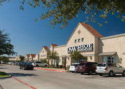 Restaurant & Storefronts for Lease Fort Worth TX - Trinity Commons