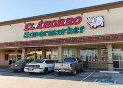 Lease Retail Space Next to Supermarket – Bellaire TX