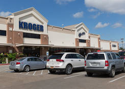 Lease Commercial Property Houston TX 77008 Next to Kroger – Merchants Park