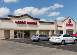 Lease Commercial Property Houston TX 77008 – Merchants Park