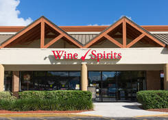Lease Retail Space Port St Lucie Fl next to Liquor Store - Shoppes of Victoria Square