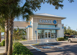 Retail Space Available Tampa FL Next to Bank – Ross Plaza