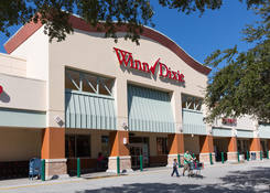 Commercial Space for Lease Riverview FL next to Winn Dixie - Lake St. Charles