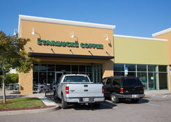Lease Retail Space Tarpon Springs FL Next to Starbucks – Tarpon Mall