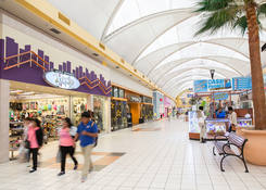 Nail Salon for Rent Miami FL - Mall at 163rd Street