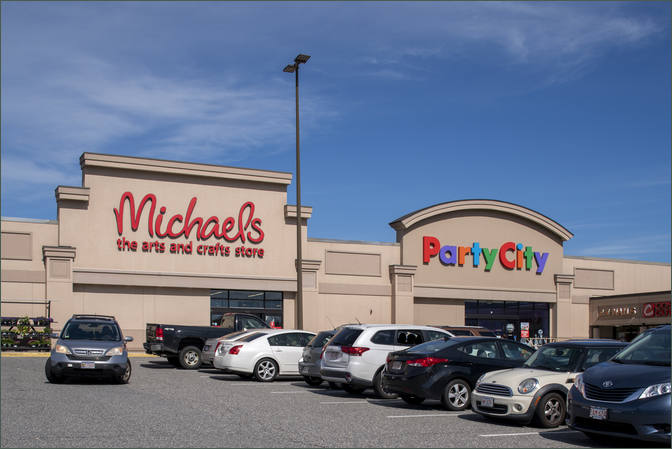 Retail Space For Lease - Watertower Plaza Worcester County Massachusetts