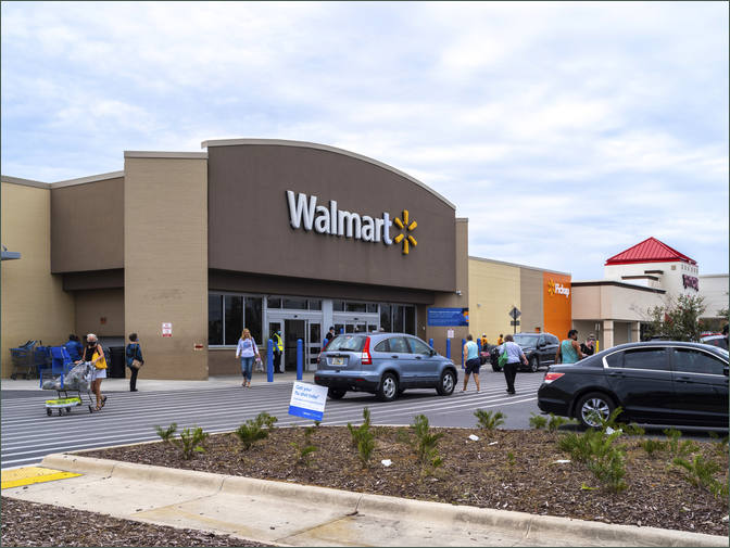 Lease Commercial Space next to Walmart -Panama City Square - Bay County FL