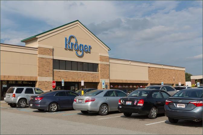 Restaurant for Rent in Shopping Center Cincinnati OH - Delhi Shopping Center – Hamilton County