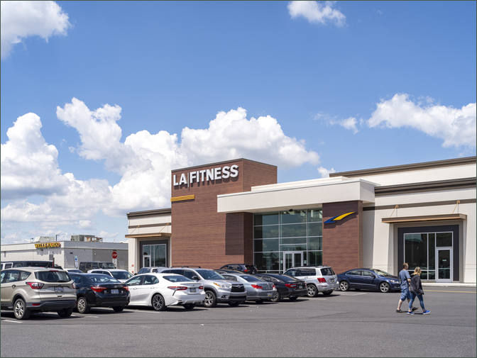 Philadelphia – High Traffic Retail Shopping Center with Ross Dress For Less – Roosevelt Mall