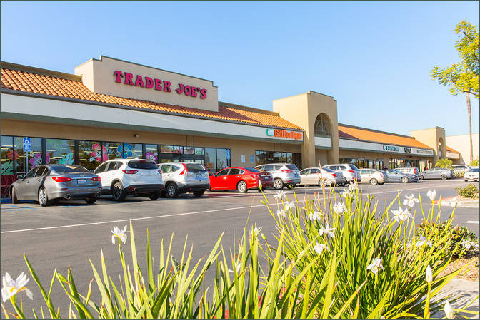 Small Restaurant Space for Lease Escondido CA - Felicita Town Center next to Trader Joe's