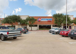 Commercial Space for Lease TX - Baytown Shopping Center
