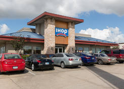 Retail Space for Lease Houston Texas Next To iHop – Northshore