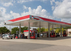Shopping Center Space for Lease with Gas Station Pasadena TX – Spencer Square
