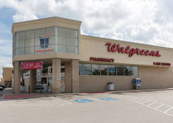 Commercial Spaces for Rent Houston TX Next To Walgreens - Jones Square