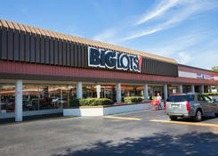 Lease Restaurant Space for Lease St. Petersburg Next to Big Lots - Tyrone Gardens
