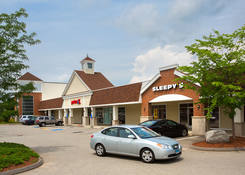 Storefront Properties for Rent Glastonbury CT - The Shoppes at Fox Run
