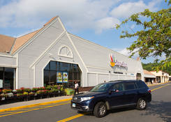 Find Retail Space for Lease Waterbury CT - Waterbury Plaza – Hartford County