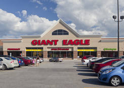 Commercial Property for Lease Near Large Supermarket Middleburg Heights OH - Southland Shopping Center – Cuyahoga County