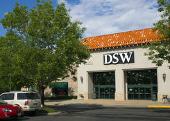 Lease Retail Space Next to Shoe Store Westminster City Center – Adams County Colorado